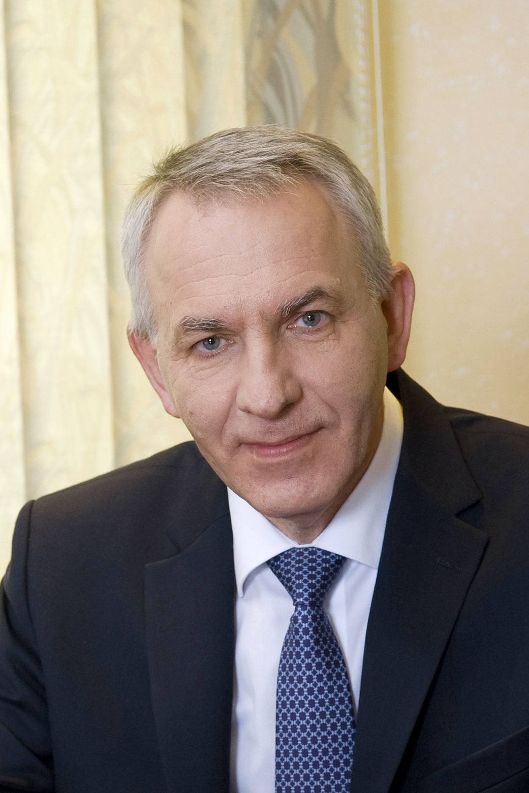 Евгений Владимирович Шляхто